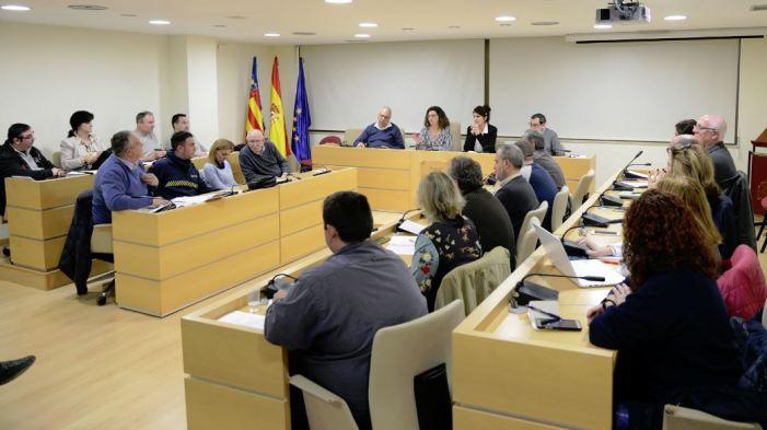 El govern Paiporta aprova l'oferta de tres places de policia local amb l'oposició injustificada de PP i CCOO