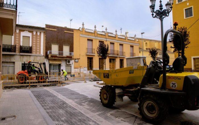Avancen les obres de reurbanització del carrer Ferrer i Plaça Abadia