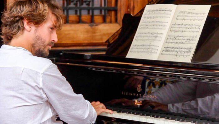 El pianista valencià Antonio Galera presenta el seu primer CD, 'Prélude', en el festival 'Serenates'