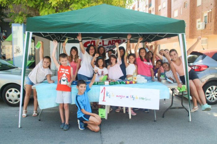 """Jornada solidària, lúdica i mediambiental per als participants al programa """"Apunta't a l'Estiu""""d'Alaquàs."""