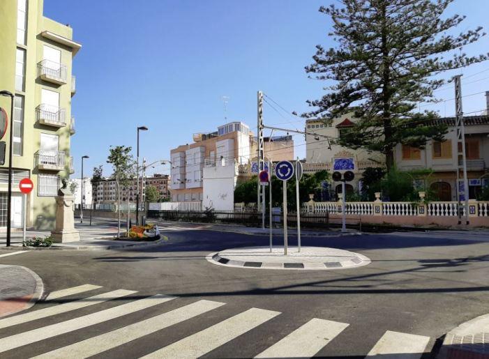 L'Ajuntament obri el carrer València a la circulació