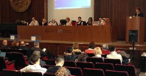 El Claustre de la Universitat aprova la gestió de la rectora sense cap vot en contra