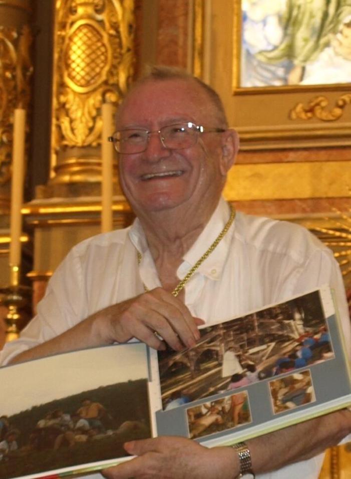 Vicent Cardona Puig celebra a Picassent els seus 50 anys dedicats al sacerdoci