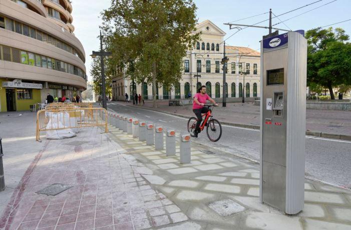 Mobilitat desplaça una estació de Valenbisi a l'Estació de Pont de Fusta per a facilitar la intermodalitat