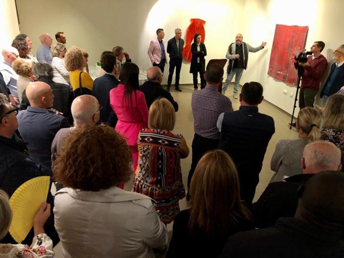 """La mostra """"Màcula Magna"""" estarà oberta a la Sala d'Exposicions Municipal d'Algemesí fins el 3 de desembre"""
