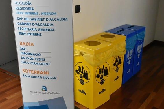 Alfafar instal·la poals de reciclatge en les dependències municipals