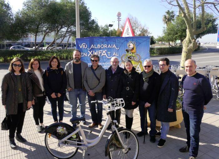 El servei de bicicletes públiques d'Alboraia estrena dues estacions i augmenta la seua flota
