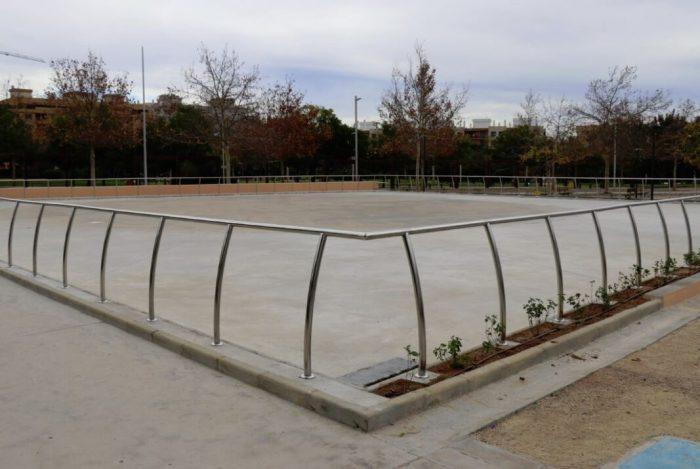 Torrent estrena la nova pista de patinatge en Parc Central
