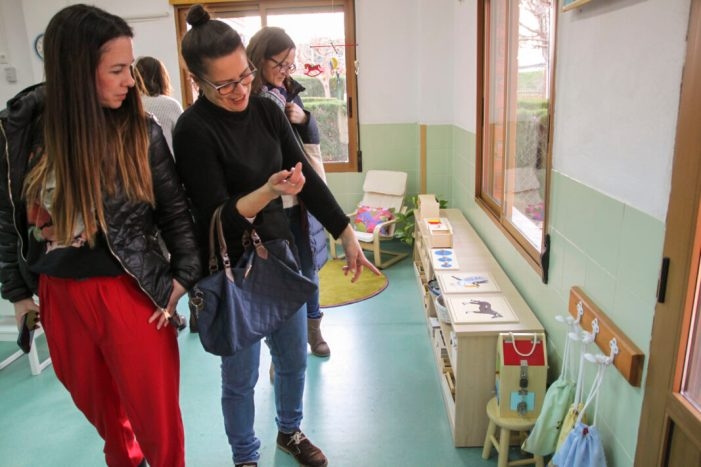 El mètode Montessori s'obri pas a Sueca