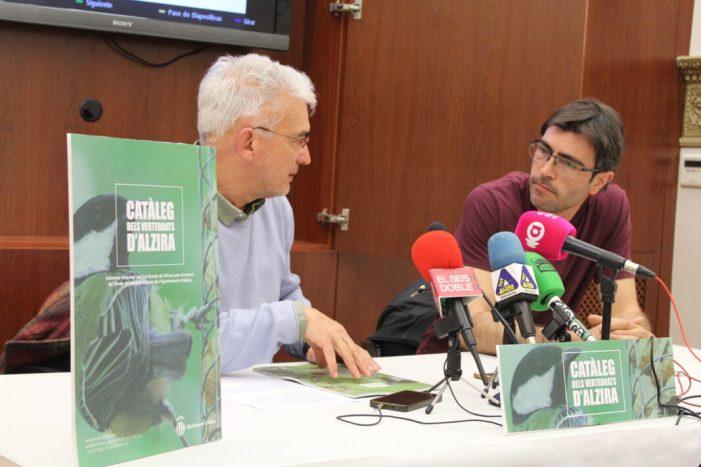 """Alzira presenta el catàleg de vertebrats municipal: """"Assegurar la biodiversitat es essencial"""""""