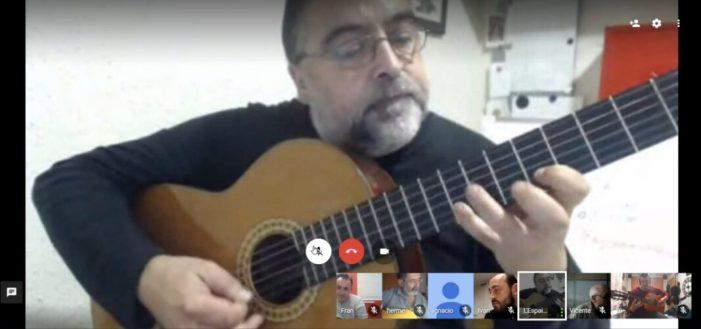 El curs de guitarra elèctrica de l'Ajuntament d'Almussafes continua online