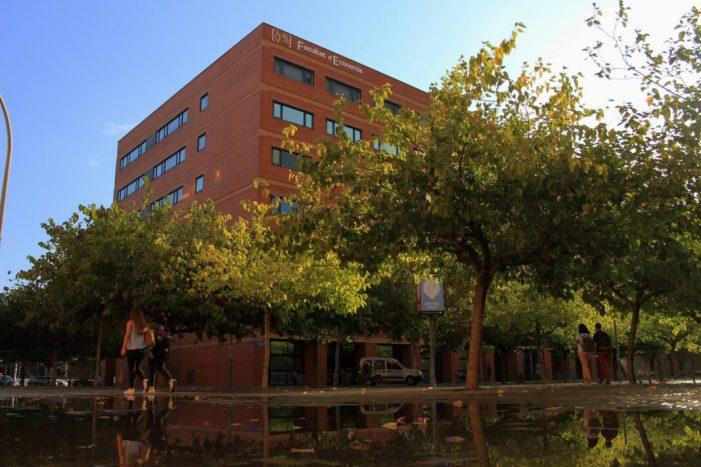 La Universitat millora en el rànquing CyD de rendiment acadèmic i és cinquena d'Espanya en Economia
