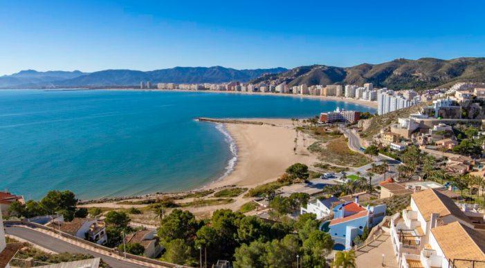 Cullera es prepara com a destinació segura per a tornar a rebre turistes