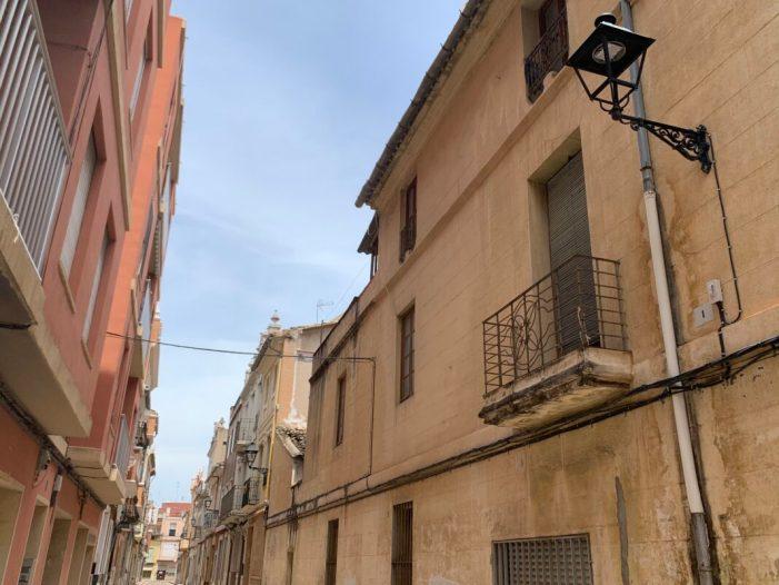 Alzira continua amb el canvi a il·luminació LED a la zona d'Albuixarres