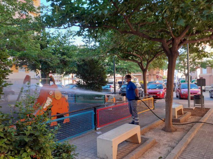 Sueca desinfecta diàriament els seus parcs infantils