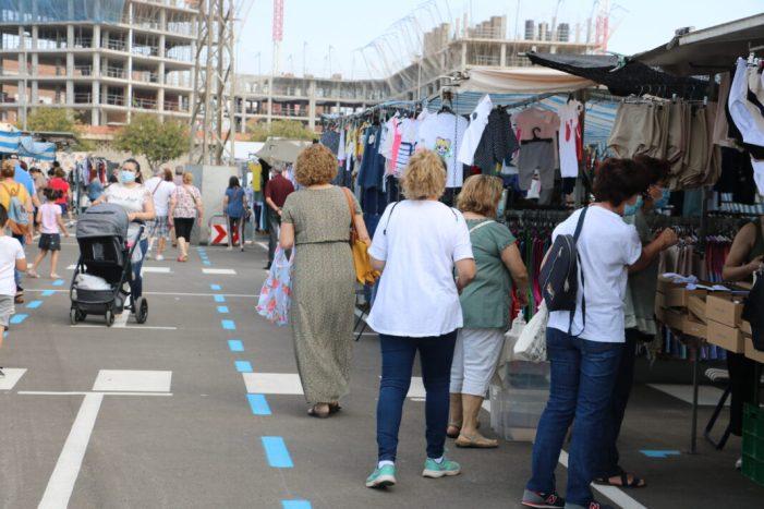 Quart de Poblet reobri el mercat ambulant amb nova ubicació i control digital d'aforament