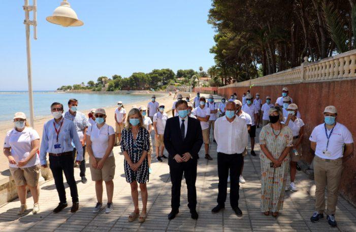 Ximo Puig destaca que la labor dels i les auxiliars de platja contribuirà a oferir la 'màxima seguretat' en el litoral de la Comunitat