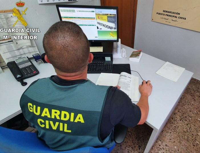 La Guàrdia Civil allibera a tres dones que estaven sent explotades en un domicili de València