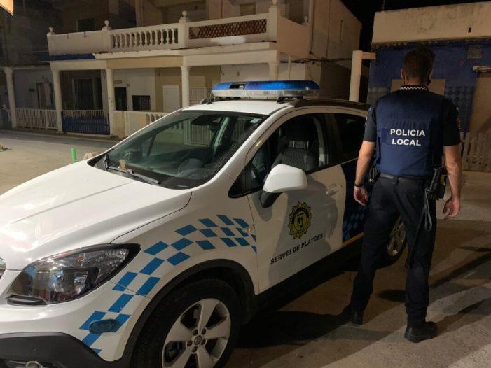 La Policia Local extremarà la vigilància per a evitar les molèsties que pateix el barri d'Anguleros els caps de setmana
