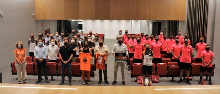 El Torrent C.F. visita l'Ajuntament com a celebració pel seu ascens a Tercera Divisió