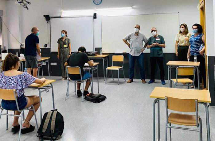 L'Ajuntament d'Alzira ultima les tasques per a l'inici de curs amb tota seguretat i normalitat