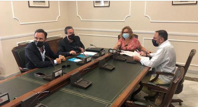 L'Ajuntament de València i els agents econòmics treballen conjuntament per a frenar l'expansió del coronavirus