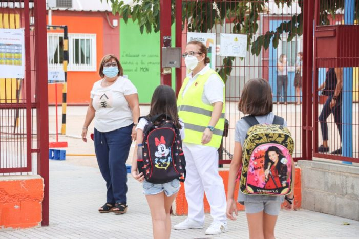 Un total de 4871 alumnes d'educació infantil, primària i secundària inicien aquesta setmana el curs escolar als diferents centres educatius d'Alaquàs