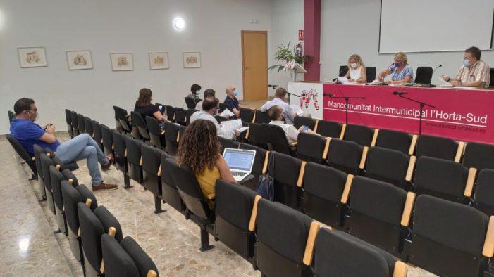 La Mancomunitat de l'Horta Sud disposarà de dues borses de treball per a proveir d'auxiliars administratius i tècnics de joventut als ajuntaments de la comarca