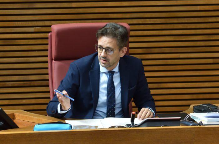 """José Juan Zaplana demana el cessament de Barceló """"davant l'expansió d'un sistema sanitari del segle XIX, amb barracons i acomiadaments"""""""