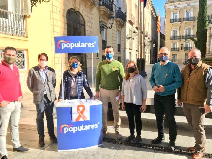 Mompó obri la campanya de recollides del PP a la província de València contra el «sectarisme» de la llei Celaá