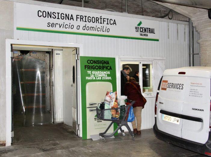 El Mercat Central de València s'adapta a les noves restriccions i suggereix avançar les compres