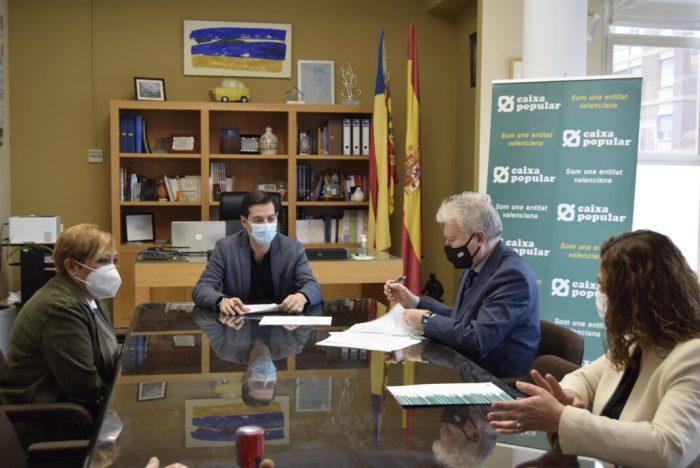 L'Ajuntament de Burjassot i Caixa Popular signen un conveni de col·laboració per al suport financer als emprenedors locals