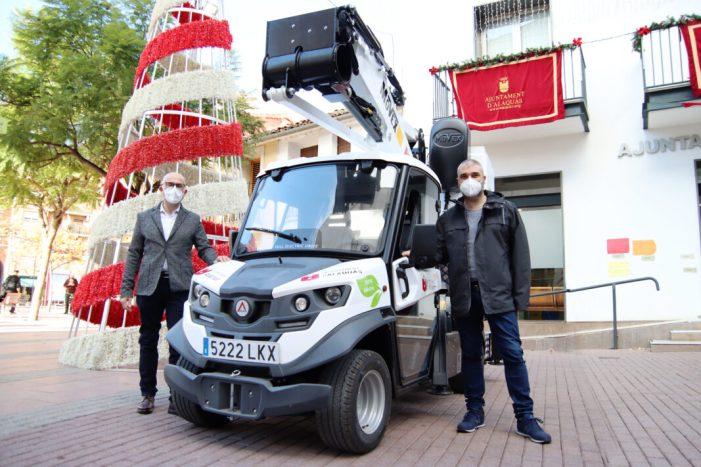 L'Ajuntament d'Alaquàs adquireix un nou camió elèctric amb ploma articulada i extensible per a la central de serveis urbans
