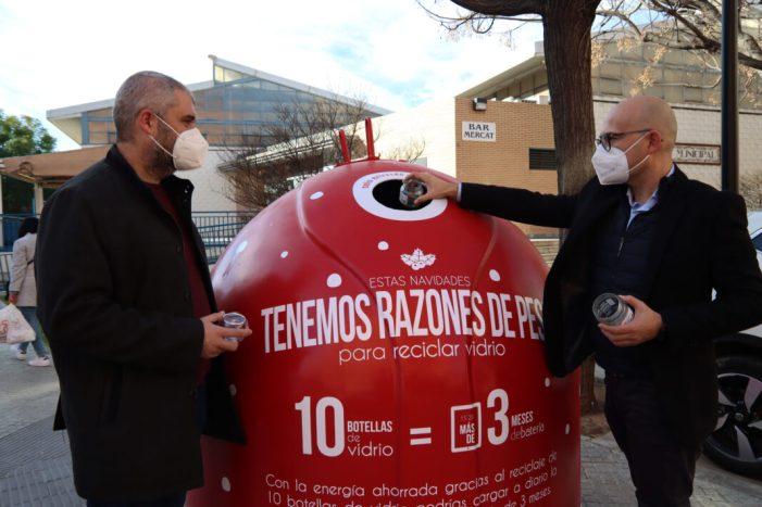 """Alaquàs posa en marxa la campanya """"Tenim raons de pes"""" per a promoure el reciclatge d'envasos de vidre durant el Nadal"""