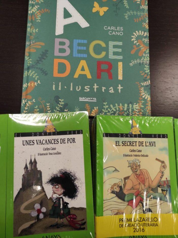 Godella regala llibres a les xiquetes i xiquets per a fomentar la lectura i premiar el seu bon comportament durant la pandèmia