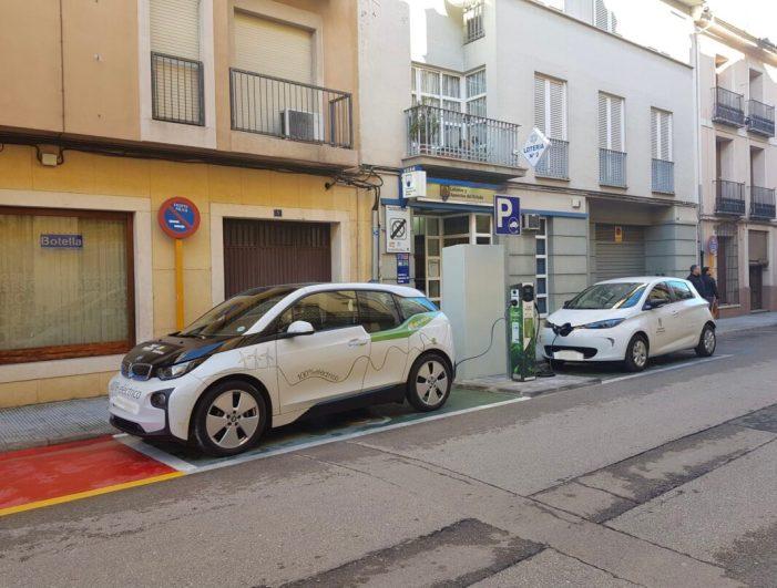 Es consolida l'ús dels punts de recàrrega de vehicles elèctrics a Carcaixent