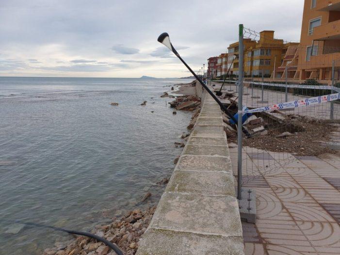 Els alcaldes de Sueca, El Perelló i Mareny de Barraquetes aconsegueixen que el Ministeri actue contra l'erosió de les platges