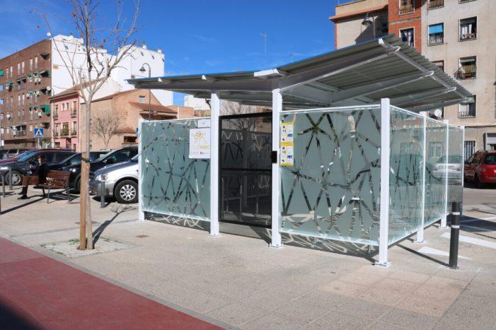 Quart de Poblet ja compta amb un cicloaparcamiento al costat de la parada de metro de la biblioteca municipal