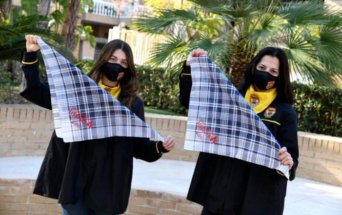La Regidoria de Cultura de Paiporta  reparteix mocadors fallers per mostrar el seu suport a les Falles amb el lema 'Tornarem'