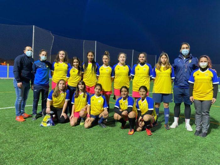 L'Ajuntament de Bonrepòs i Mirambell entrega nous equipaments a l'equip femení de futbol