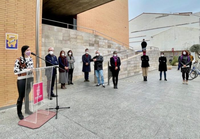Alboraia reitera el seu compromís per la igualtat en la lectura del manifest del Dia de la Dona