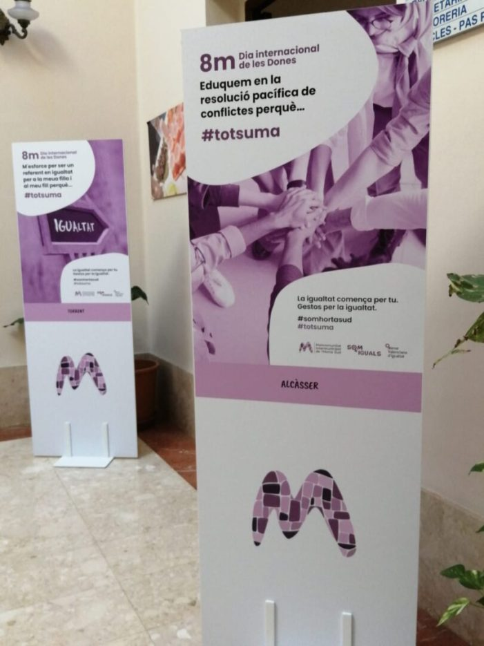 Alcàsser acull l'exposició 'Gestos per la Igualtat' amb motiu del 8M