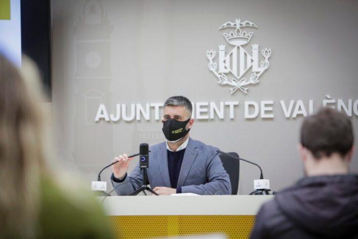 Més de la meitat de les instàncies administratives que es registren a l'Ajuntament de València es fan ja per seu electrònica