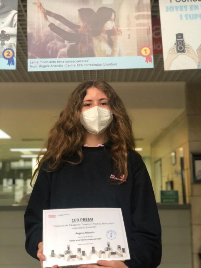 """L'estudiant de la EFA Torrealedua, Ángela Arlandis, gana l'I Concurs de Fotografia """"Fotosalud"""""""