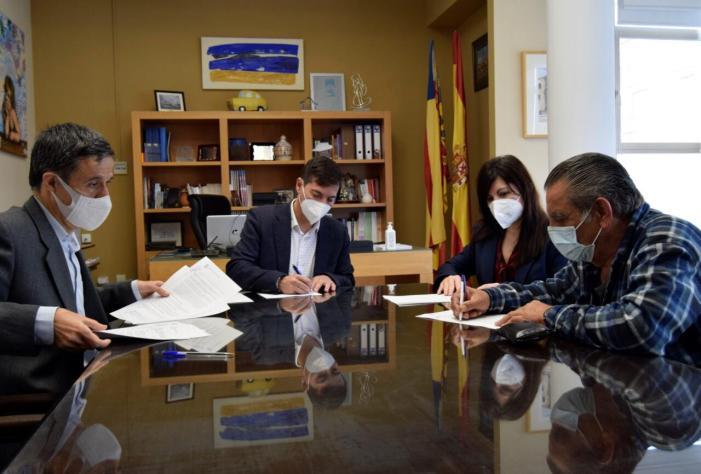 L'Ajuntament de Burjassot signa un conveni de col·laboració amb l'Associació Gitana Noves Il·lusions