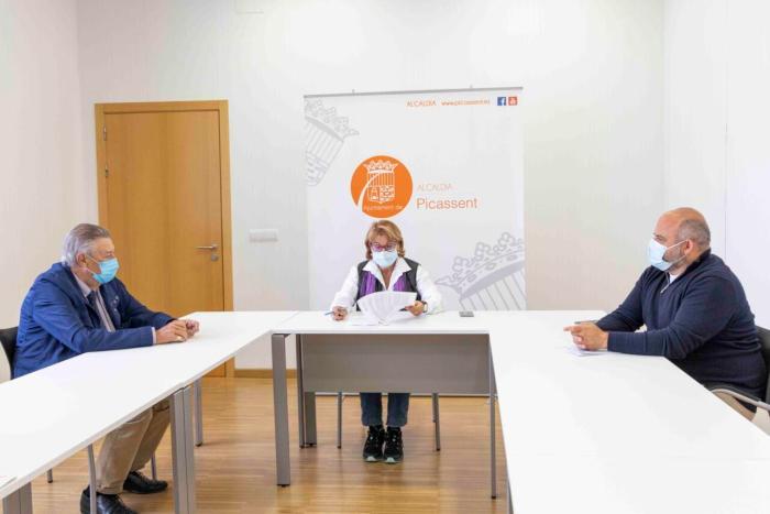 L'Ajuntament de Picassent signa un conveni amb Creu Roja