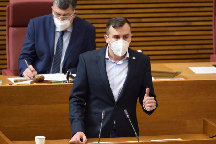 Miguel Pascual (VOX) culpa al Botànic de la degradació incessant del parc públic d'habitatge