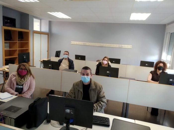 Formació per a la recerca de treball per a persones aturades en Picassent