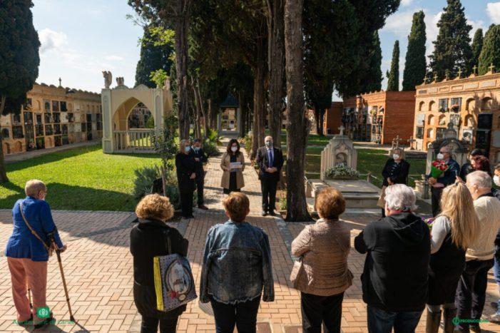 L'Ajuntament de Carlet ret homenatge a dos veïns afusellats al paretó de Paterna
