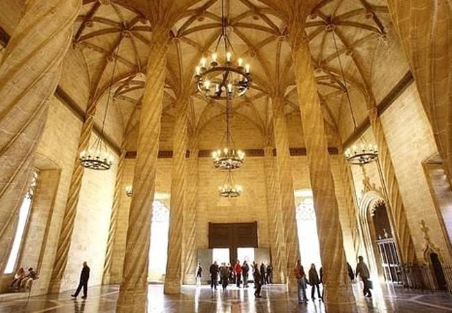 La Junta de Govern de València rep la subvenció de 3,2 milions € per a la Regeneració de l'Entorn de la Llotja- Mercat Central -Plaza Ciutat de Bruges-Sant Joan del Mercat